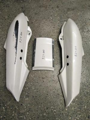 Пластики хвоста  для мотоцикла Yamaha FZS 600 1999