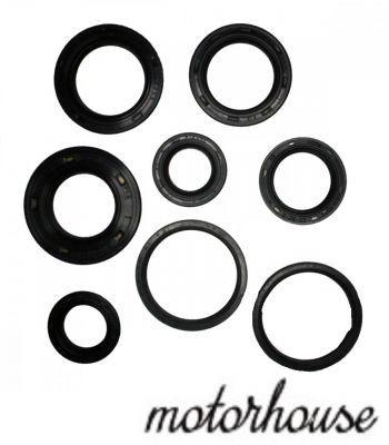 Комплект сальников двигателя Athena для мотоциклов Suzuki AY 50 Katana,  Suzuki AY 50 WR  Katana Racing,  Suzuki UX 50 W Zillion