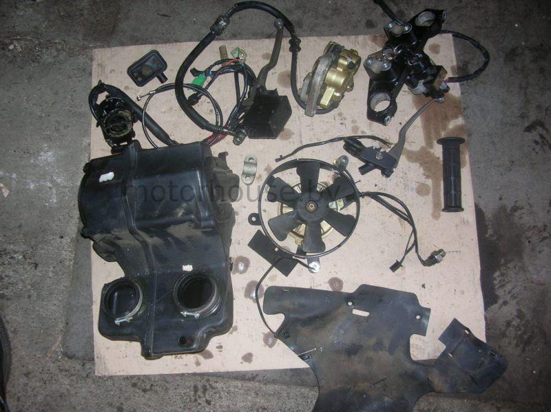 Вентилятор и суппорт Honda CB 500 2000