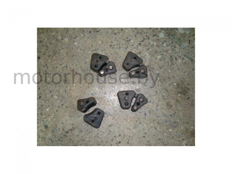 Демпферные резинкиHonda CBR 1100 XX 1997