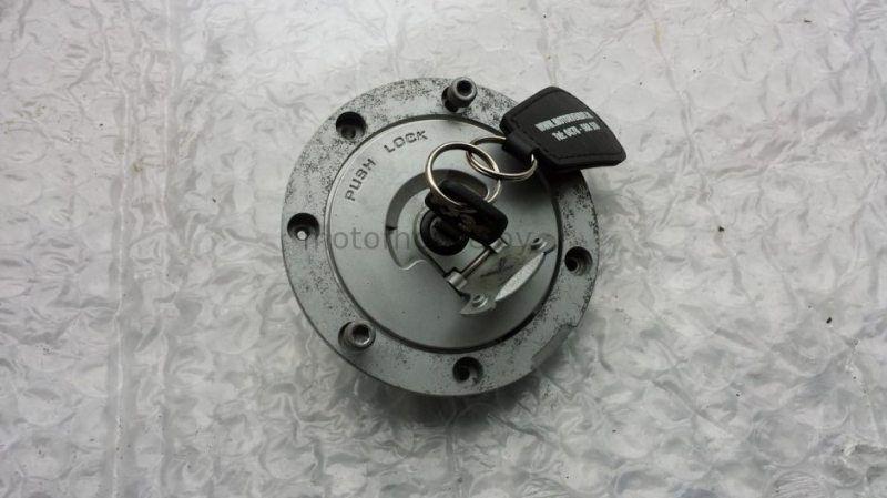 Крышка бака ключ Honda CBR 600 F3 1996