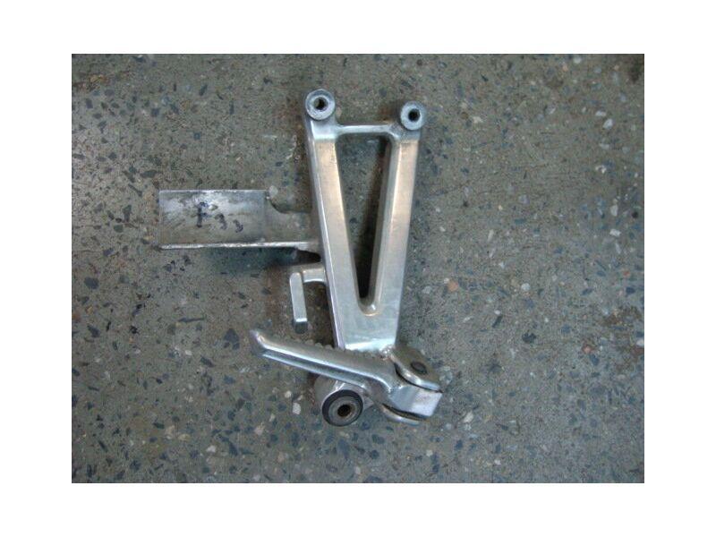 Кронштейн подножки задний для Honda CBR 600 F3 95-98