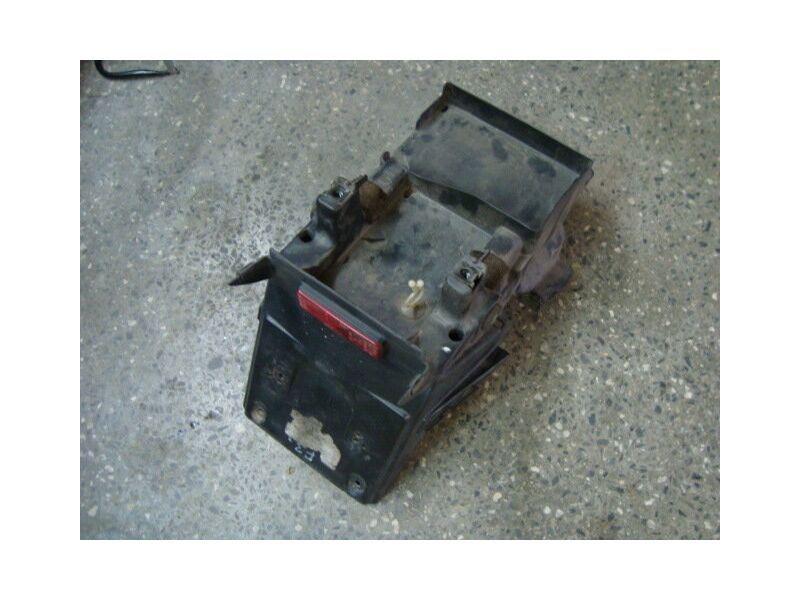 Пластик под аккумулятор для Honda CBR 600 F3 95-98