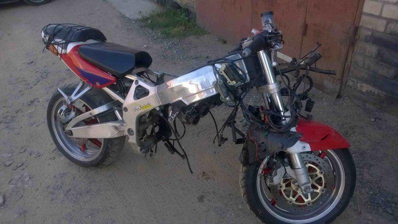 Мотоцикл на запчасти Honda CBR919 RR 1998-1999