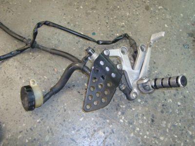 Кронштейн и тормозной цилиндр для Honda CBR954 RR