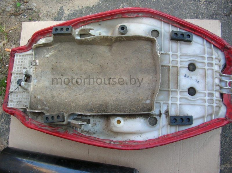 Сиденье Honda CBR 1000 F