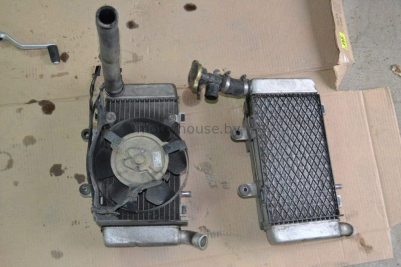 Радиатор Honda VFR 800 1997-2000