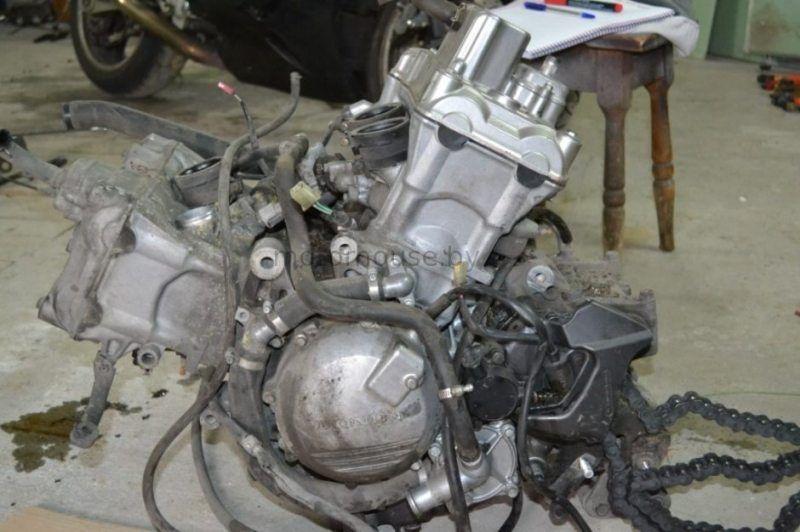 Двигатель Honda VFR 800 1997-2000