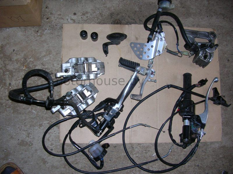Запчасти Kawasaki ZX6R 2000-2002