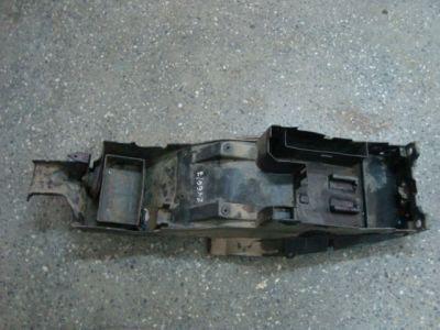 Пластик хвоста нижний для Kawasaki ZX6R 2001