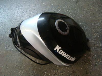 Бак для Kawasaki ZX6R 2001
