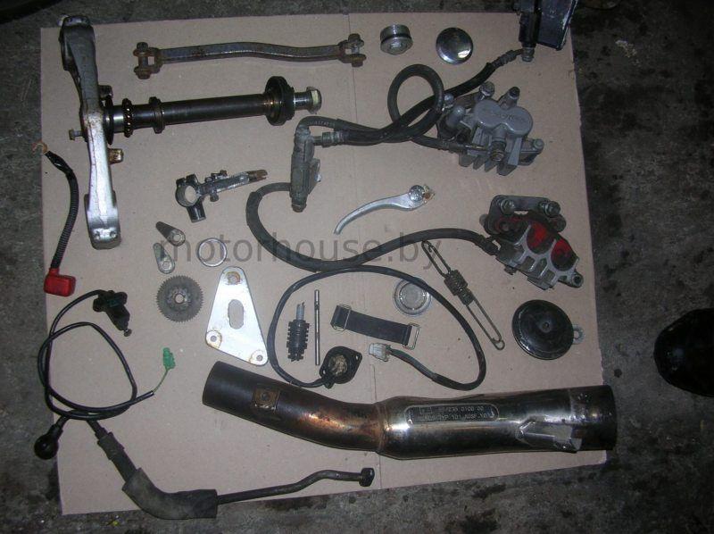 Запчасти траверс Suzuki GSF 600 Bandit 2001