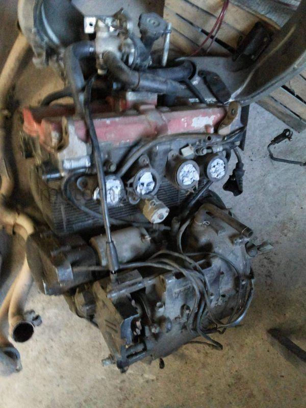 Двигатель Suzuki GSXR 400