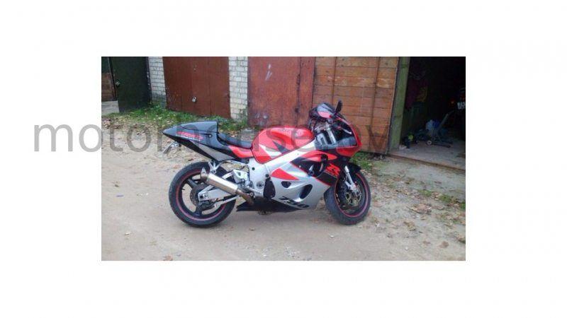Мотоцикл целый на разбор Suzuki GSXR 750 SRAD