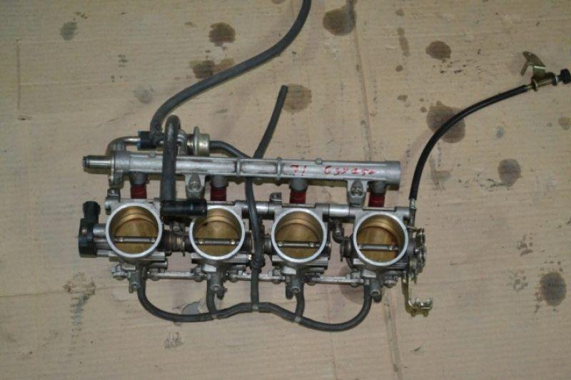 Карбюраторы для мотоцикла Suzuki GSXR 750 SRAD