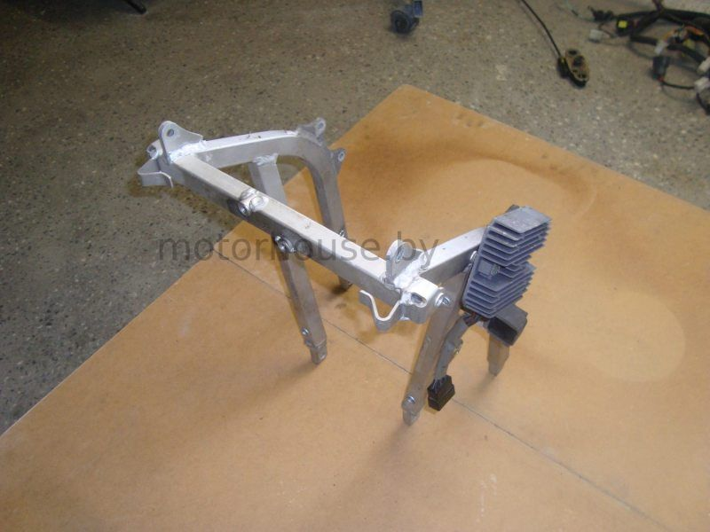 Паук реле напряжения Suzuki GSXR600 SRAD