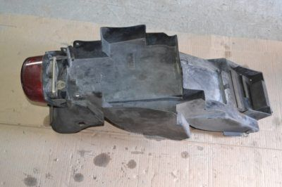 Нижний пластик хвостовика и фара Suzuki GSXR 750 SRAD