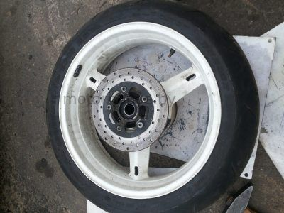 Заднее колесо диск Suzuki GSXR 600 2001