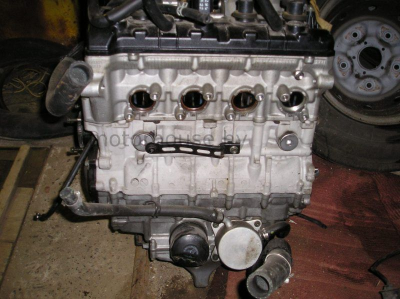 Двигатель Suzuki GSXR 600 2004
