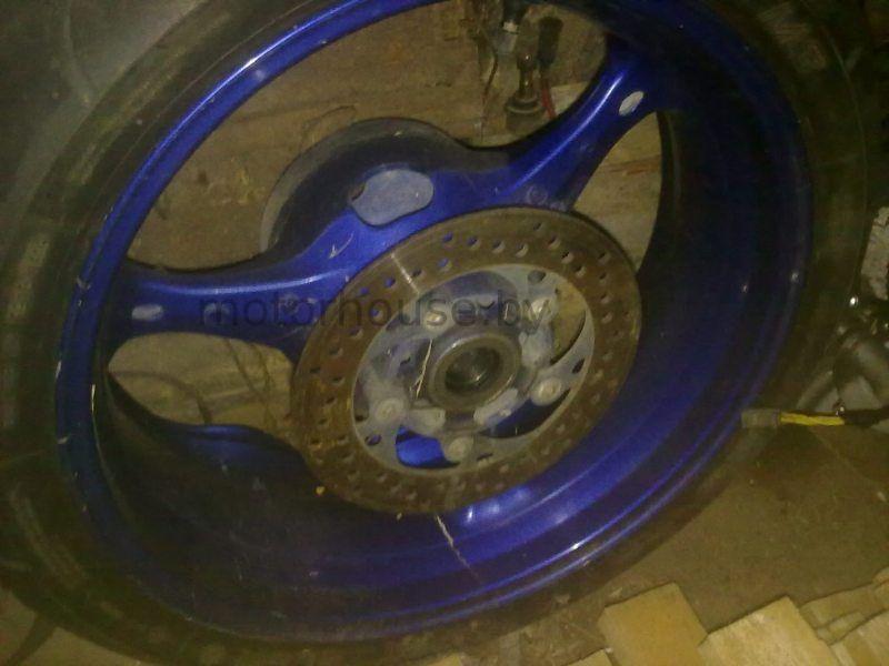 Заднее колесо тормозной диск Suzuki GSXR 600 2006-2007