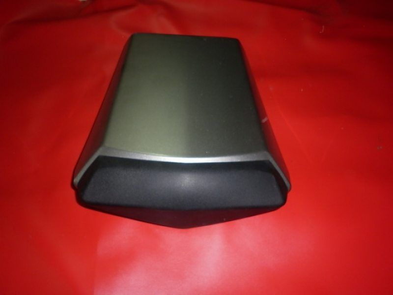 Заглушка заднего сидения Yamaha YZF R1 2002-2003
