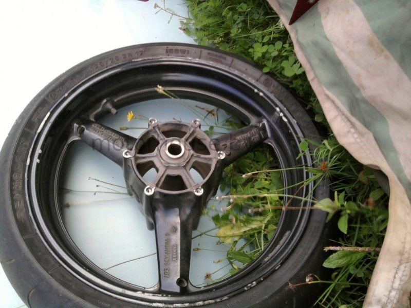 Колесо Yamaha YZF R1