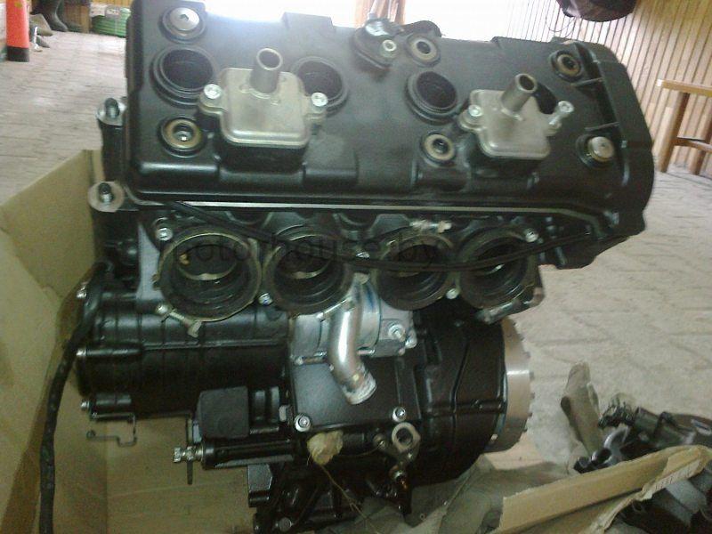 Двигатель для мотоцикла Yamaha YZF R1